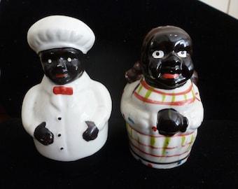 ESTATE SALE FIND!!!!! Vintage Black Americana Salt and Pepper Shakers-circa 1940's (#15053)