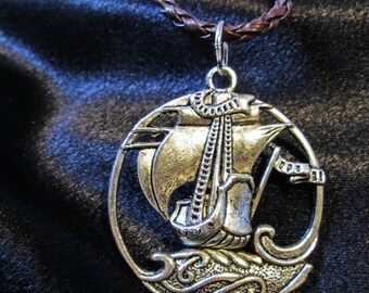 Dawn Treader inspired Chronicles of Narnia Pendant Necklace