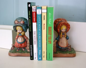 Vintage Plaster Bookends Retro Country Girls in Bonnets with Puppies