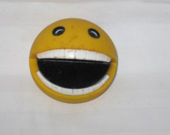 vintage 1980s bally pac-mac squeak toy   free shipping in the usa!!