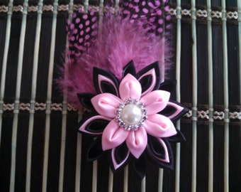 Light Pink Pretty Kanzashi flower hair clip with feather