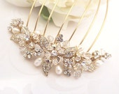 Gold Wedding headpiece, Gold Bridal hair comb, Pearl hair comb, Rhinestone headpiece, Vintage style hair comb, Bridal hair clip, hair vine