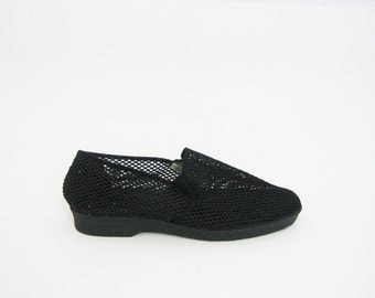 Minimalist Black Canvas Flats 9 10