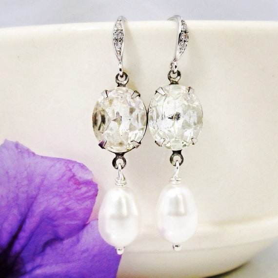 Vintage crystal earrings Vintage pearl earrings Vintage style jewelry Vintage wedding earrings Bridal pearl earrings Crystal dangle earrings