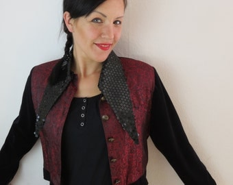 Happy jacket with Pailettes in black on red ground, Gr. 38 - M, 80ties