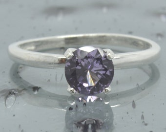 Alexandrite Ring, Sterling Silver, Engagement Ring, Size 6, Color Change, Round Solitaire Ring, Promise Ring, Fashion, Wedding Ring, R49-6