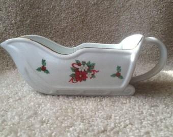 Tienshan Deck the Halls Gravy Boat Vintage 1994 Tienshan Porcelain Christmas Tableware Christmas Collectible Holiday Decoration Tableware