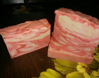 Candy Fluff by lush type cold process soap vegan!