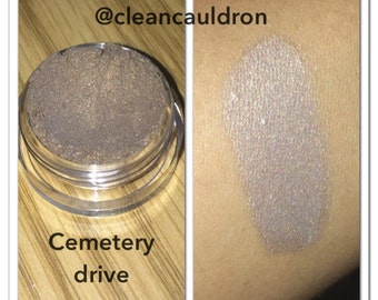 Cemetery Drive Eye Shadow - 3 g Jar