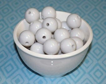 20mm White Beads, Chunky Beads, Childrens Beads, 20 mm Beads, Chunky Necklace, Supplies, Bubblegum Beads - 10 PCS
