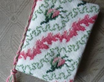 Rose Cross Stitch Needle Case Kit