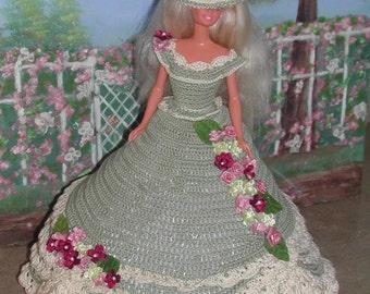 Crochet Fashion Doll Barbie  Pattern- #407 LADY IN GREEN