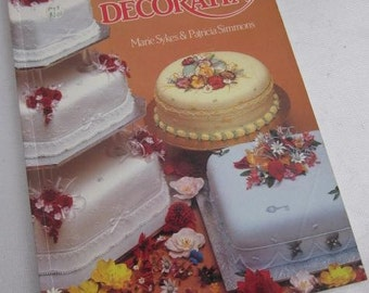 1991 Australian & New Zealand CAKE DECORATING Marie Sykes Patricia Simmons Royal Icing