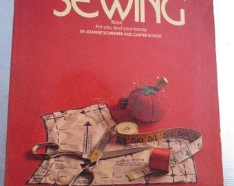 1972 The Betty Crocker Home Library GOOD & EASY SEWING Joanne Schrieber Carter Houck