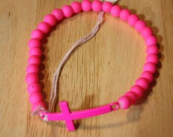Neon pink cross stretch bracelet B 351