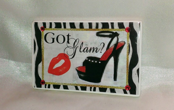 Ceramic High Heel Shoe Magnet