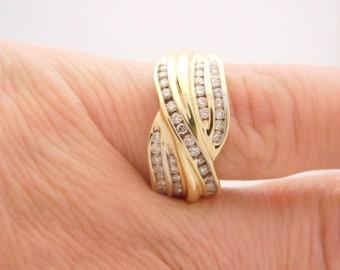 1.00 Carat T.W. Ladies Round Cut Diamond Wedding Band 14K Yellow Gold Ring