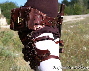 Customizable Steampunk leather belt - LARP and Cosplay
