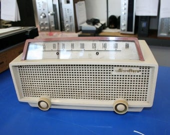 Hallicrafters Precision built AM Tube Radio with phono input