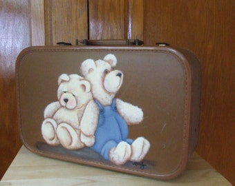 Vintage luggage with painting of two teddy bears, rare 50's vintage luggage, antique brown luggage