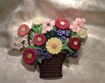 Spring bouquet wall hanging