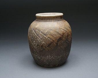 Dark chocolate brown pottery vase, dark brown pottery vase, dark chocolate brown ceramic vase, dark brown pottery vase, brown pottery vase