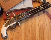 Steampunk/Pirate Cosplay  Flintlock pistol prop, Assassin's Creed Liberation, Vintage Decor