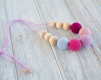Crochet nursing necklace for mom/ Breastfeeding necklace - Teething necklace - Nursing Jewelry