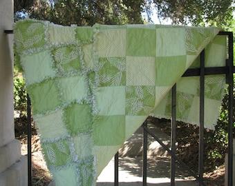 "Rag Quilt,Rag Quilts for Sale, Green, Garden Decor.  Flannel Raq Quilt, Rag Lap Quilt, Handmade, Approx, 46"" x 46"", Ready to Ship"