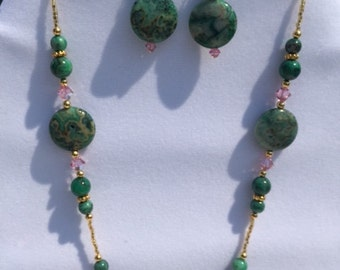 Green Crazy Lace Agate Gemstone Necklace and Earrings