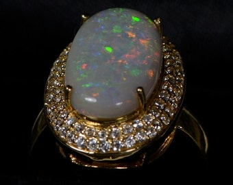 Sale: BIG Australian Solid Opal Ring -  18K Yellow Gold OJ1066