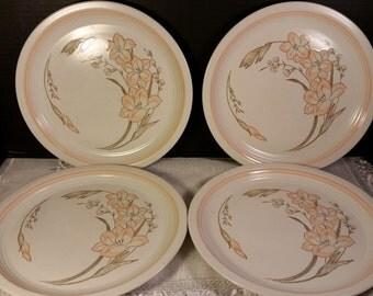 """Baker Hart & Stuart Michelle Dinner Plates Vintage Peach Set of 4 Dinner Plates 10.5""""D 1980s Japanese Stoneware Dinner Plates Oven to Table"""