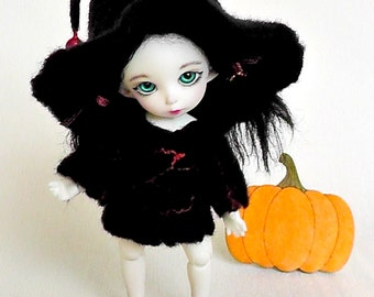 "Pukifee felted outfit ""Halloween"" Lati Yellow witch outfit Aquarius outfit Pukifee clothes"