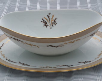 """1950's NORITAKE """"Nadya"""" Gravy Boat with Attached Underplate."""