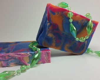 Unscented handmade vegan soap with  Coconut Oil,Shea Butter, Cocoa Butter, Argan Oil.