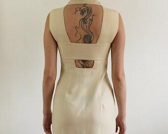 Dress vintage beige back open. Size M