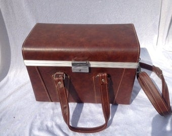 Beautiful Brown Vintage Leather Suitcase  Bag 13x9.5x7 Inches