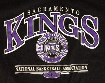 L * vtg 90s Sacramento Kings NBA * 2.37