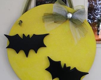 Glow in the Dark Full Moon with 3D Bats door hang