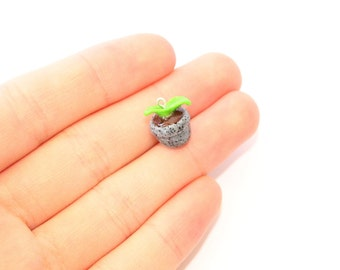 Potted plant charm