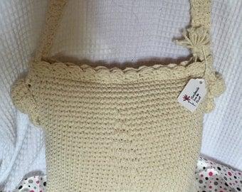 crocheted crossbody bag with zipper