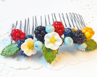 Berry comb, Hair comb, Hair accessories, Polymer clay berries, Raspberry, Blackberry, Blueberries, Summer style, Country style, Flower comb
