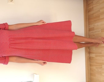 Vintage Women's Clothing/ Dresses /  Red Dress with Polka Dots / Short Sleeves / Medium