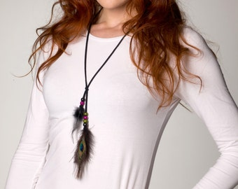 Hippie Peacock feather necklace Black Suede band Indian jewelry Festival boho Gypsy ethnic indie vintage 70s-seventies retro women