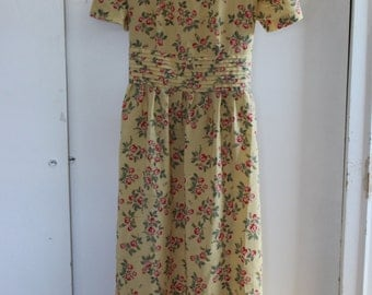 Vintage 90s Kathie Lee Collection Pale Yellow Floral Dress Tea Length Floral Easter Spring Back Tie