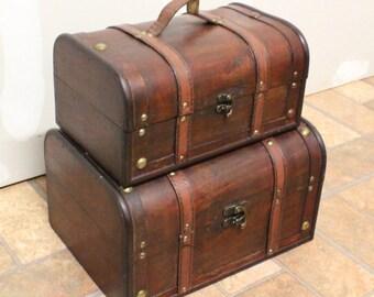 Set of 2 trunks