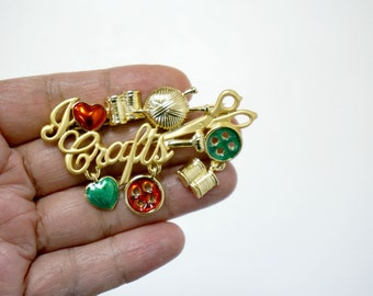I HEART CRAFTS! . vintage charmed brooch by Danecraft