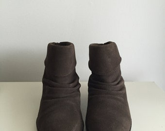 SALE - Pixie - 90's Brown Suede Ankle Boots. Size 5.5 - 5 1/2
