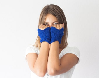 Short royal blue fingerless gloves hand knit wrist warmers half finger gloves mittens texting gloves women short gloves