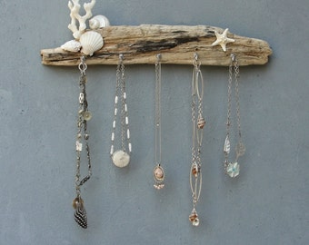 White Seashore Jewelry Storage Organizer Rack - Beach Cottage Style - Driftwood, Shell, Coral, Starfish, Metal